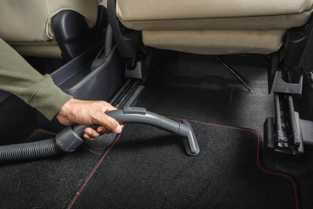 3 Best Car Vacuum Cleaners