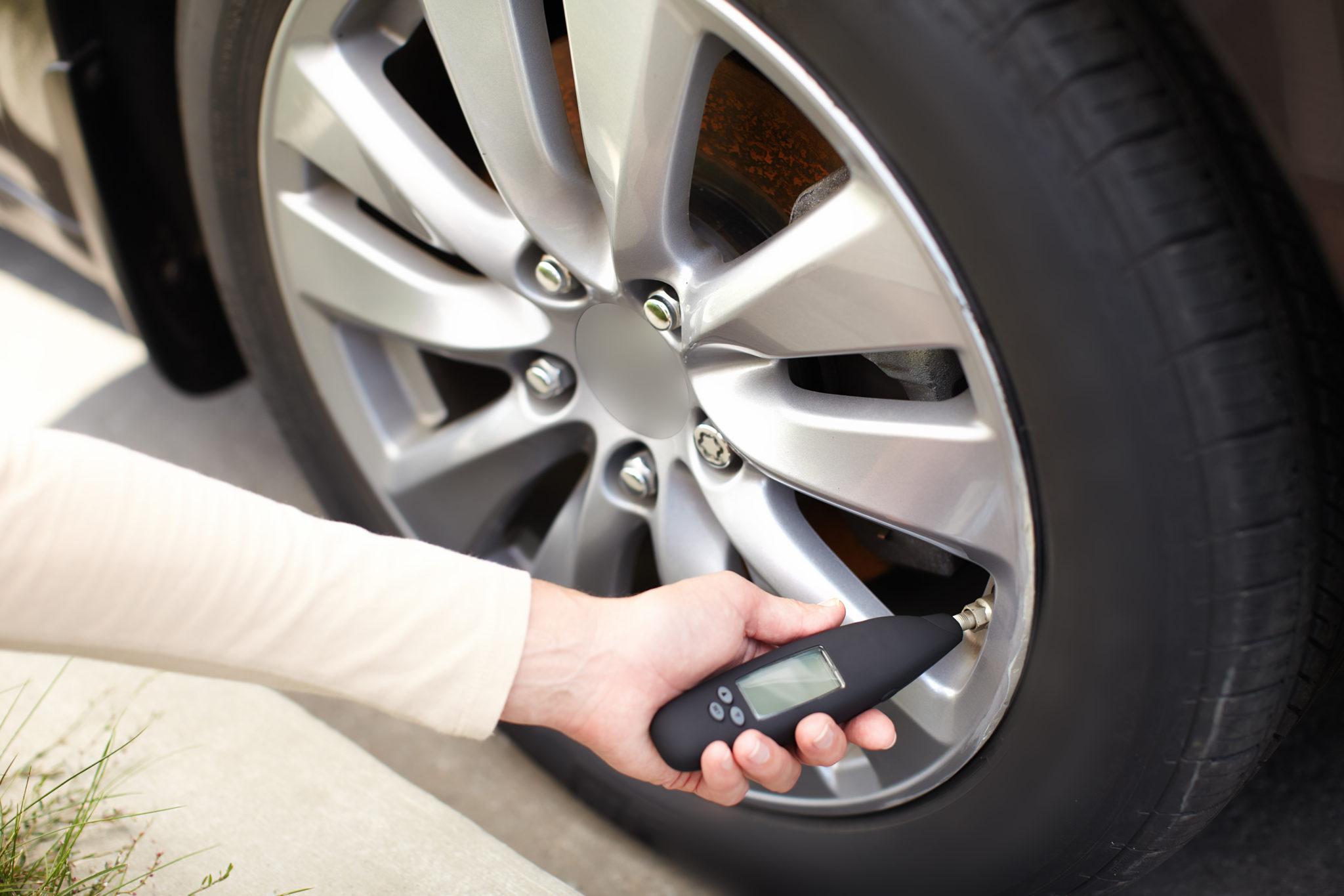 8 Best Tire Pressure Gauges Review 2019