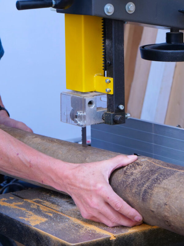 What to pay attention to when choosing your 14 Inch bandsaw